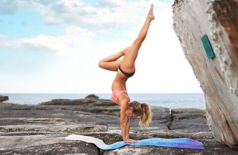 yogaeverywhere_yoga_maroubra_beach_nik_toth