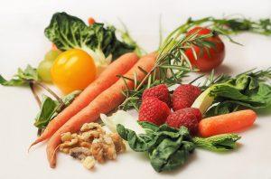 Витамин Б12 е важен за всеки човек, който не консумира месо, млечни продукти и яйца.