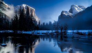 Зимата забавя метаболизма на тялото.